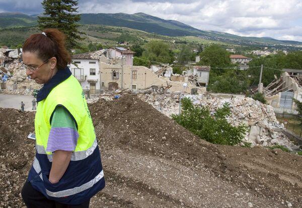 Новое сильное землетрясение произошло в итальянской Аквиле
