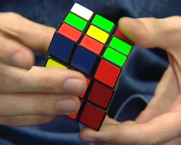 Собрать кубик Рубика за 16 секунд – спидкубинг по-российски