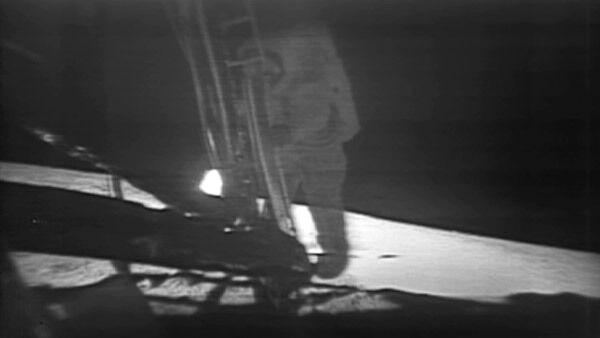 Сорок лет назад человек впервые ступил на поверхность Луны
