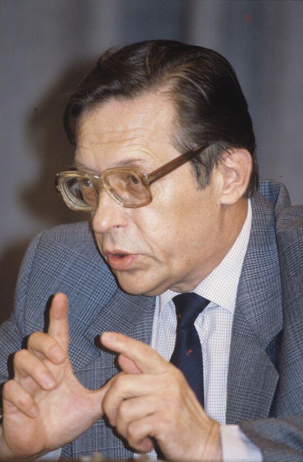 Леонид Абалкин. Архив