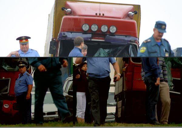 Фура протаранила рейсовый автобус на 29-м километре МКАД
