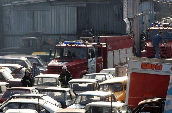 Пожар на штрафстоянке на юге Москвы