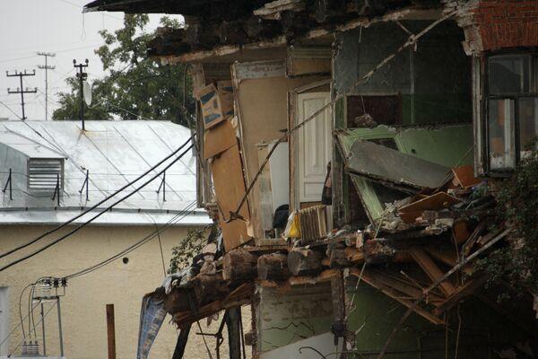 Обрушение стены жилого дома в Екатеринбурге