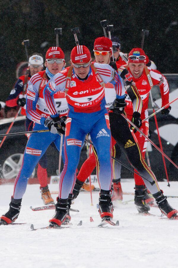 Дмитрий Ярошенко (на переднем плане)
