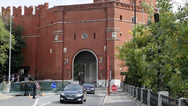 Боровицкие ворота Московского Кремля. Архив
