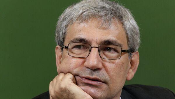 Лауреат Нобелевской премии по литературе, турецкий писатель Орхан Памук. Архивное фото