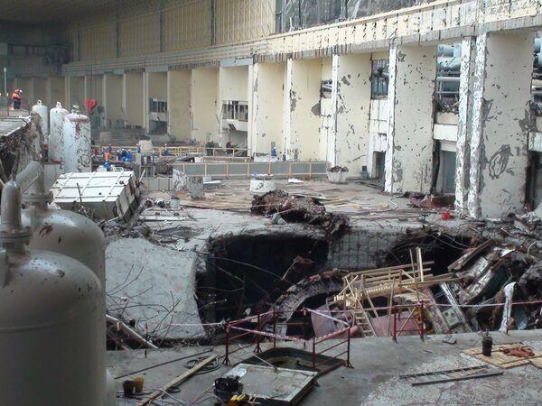 Ликвидация последствий аварии на Саяно-Шушенской ГЭС