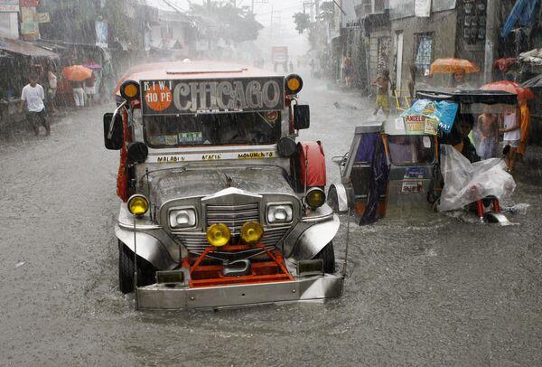 Сильные дожди на Филиппинах