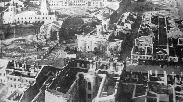 Разрушенный в годы войны Новгород