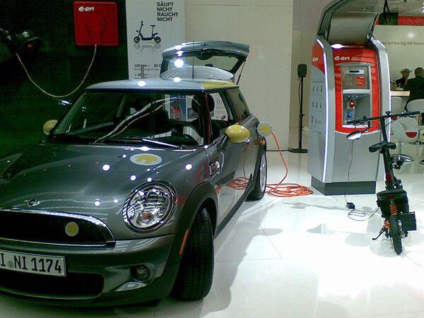 Автомобиль Mini на Франкфуртском автосалоне
