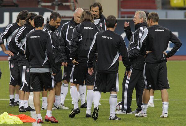 Футболисты Бешикташа