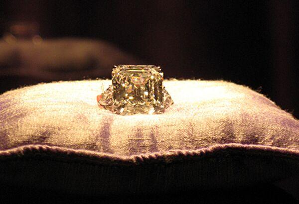 Бриллиант Анненберг стоимостью в $5 млн выставлен на торги Christie's