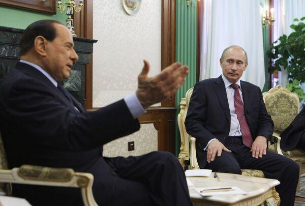 Путин и Берлускони обсудили двусторонние отношения и международные проблемы