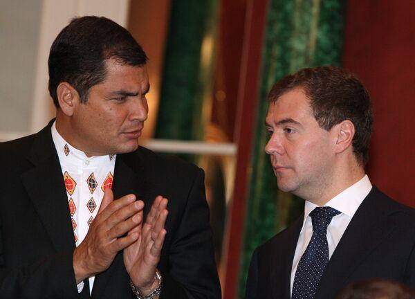 Медведев надеется на расширение экономических связей с Эквадором
