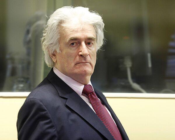 Караджич требует от трибунала адвоката-соплеменника и единоверца