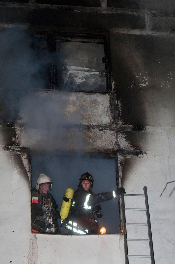 Сгоревший в Риге жилой дом не пользовался дурной славой - чиновник