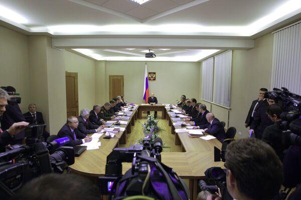 Премьер-министр РФ Владимир Путин провел совещание на ФГУП Конструкторское бюро машиностроения в Коломне