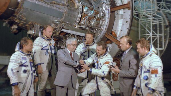 Летчики-космонавты СССР