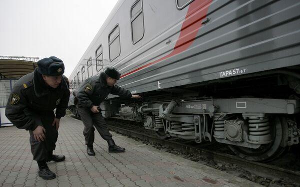 Более 400 человек были эвакуированы из поезда Москва-Калининград из-за угрозы взрыва