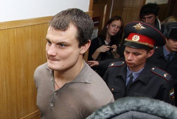 Боксер Романчук, осужденный за убийство, освобожден в зале суда