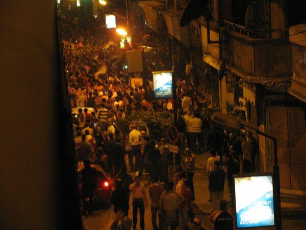 В столкновении с болельщиками пострадали одиннадцать полицейских Каира. Архив