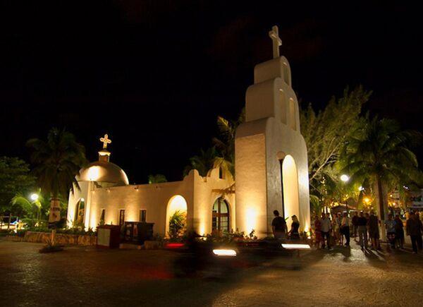 Католический храм. Архив