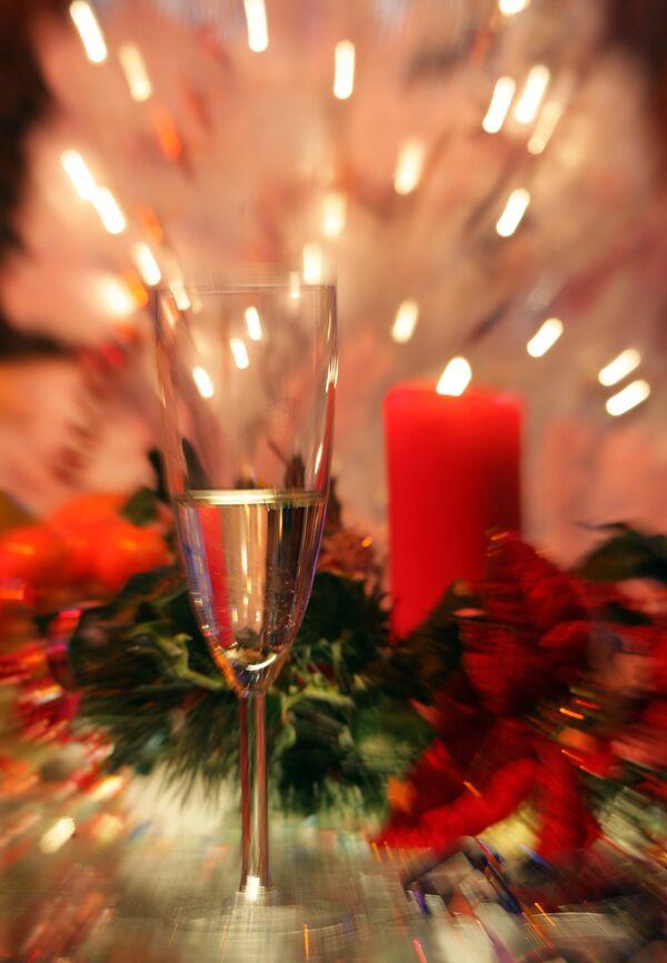 Сокращение новогодних каникул в РФ не снизит уровень пьянства - Брюн