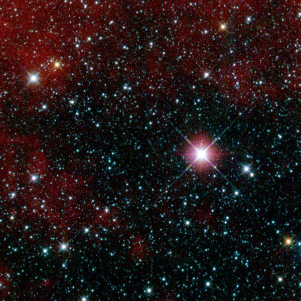 Первый снимок, сделанный орбитальным телескопом WISE