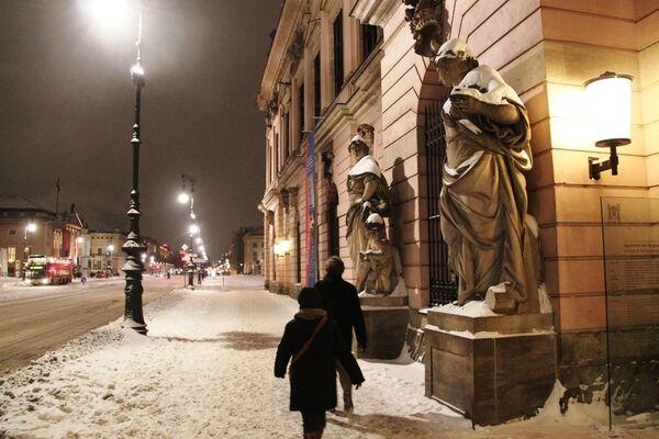 Причины и последствия снегопадов в Европе и морозов в России. Справка