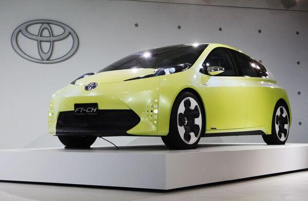 Автомобиль Toyota FT-CH на международном автосалоне в Детройте