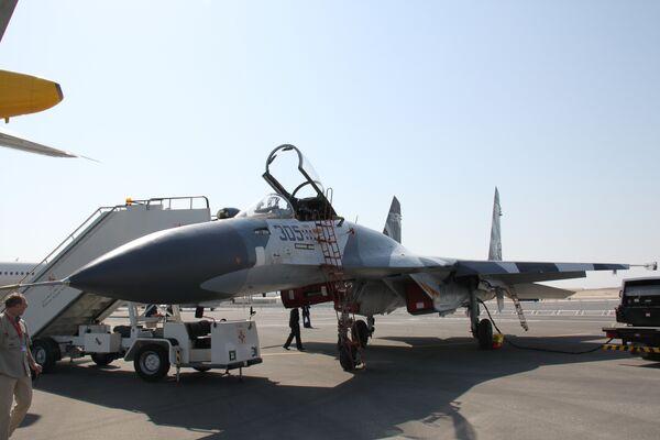 Истребитель СУ-27 СКМ на авиавыставке Бахрейн аэрошоу 2010