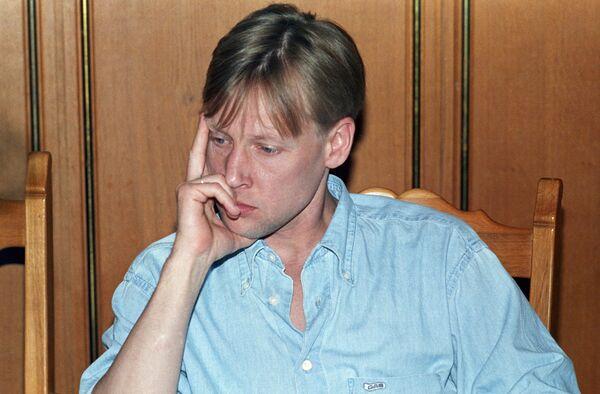 Дмитрий Харатьян