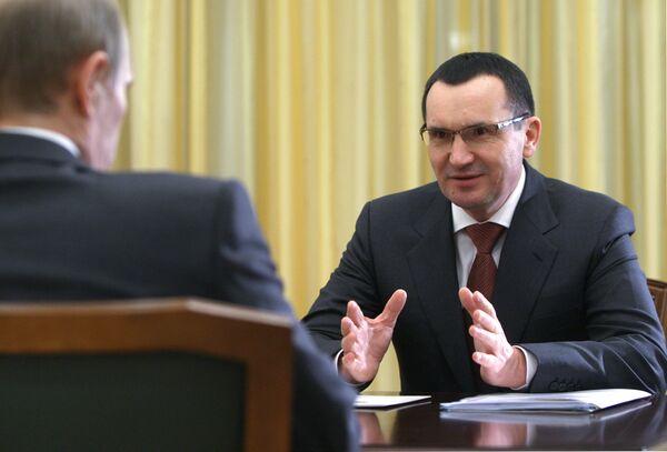 Премьер-министр РФ В.Путин провел встречу с президентом Чувашской республики Н.Федоровым