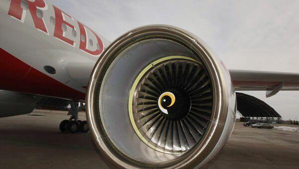 Двигатель самолета. Архив