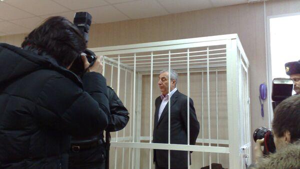 Александр Солодкин-старший в зале суда. Архивное фото