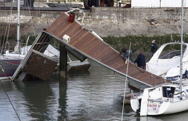 Последствия урагана Ксинтия во Франции
