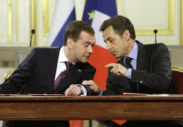 Президенты России и Франции Д.Медведев и Н.Саркози