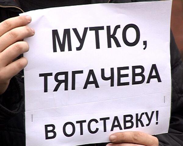 В отставку и на лыжи: в неудаче на Олимпиаде обвиняют Мутко и Тягачева
