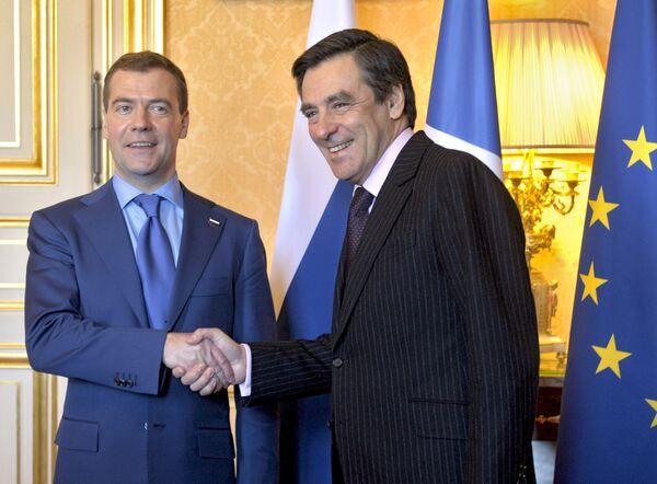 Президент России Дмитрий Медведев и премьер-министр Франции Франсуа Фийон