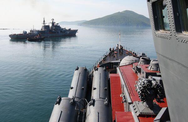 Учения кораблей Тихоокеанского флота России