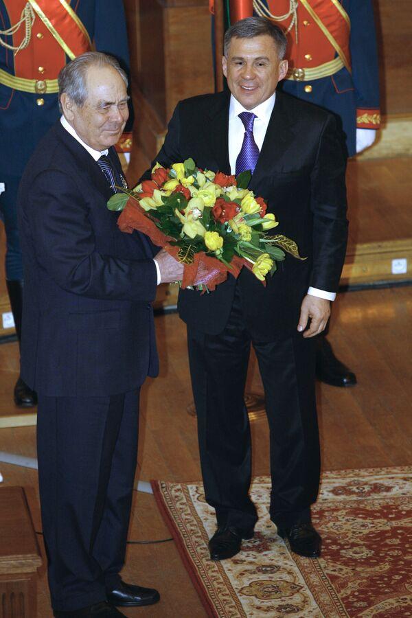 Первый президент Татарстана Минтемир Шаймиев и новый президент Татарстана Рустам Минниханов