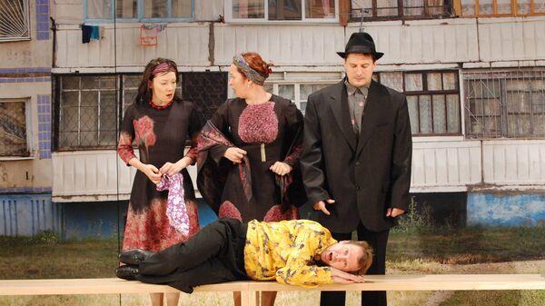 Сцена из спектакля Рассказы Шукшина, архивное фото