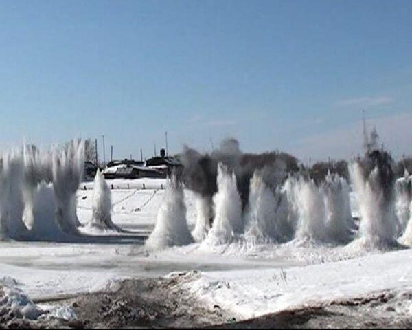 Борьба с паводком на Урале началась со взрывов