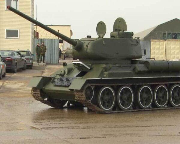 Боевые машины надевают новый камуфляж к параду Победы