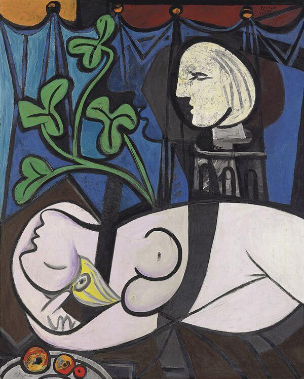 Пабло Пикассо. «Обнаженная на фоне бюста и зеленых листьев»