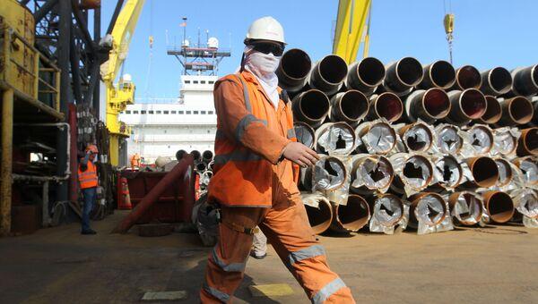 Строительство морского участка газопровода в акватории Черного моря. Архивное фото