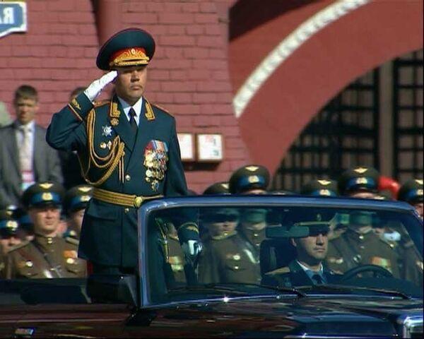 Парад в день 65-летия Победы прошел с небывалым размахом