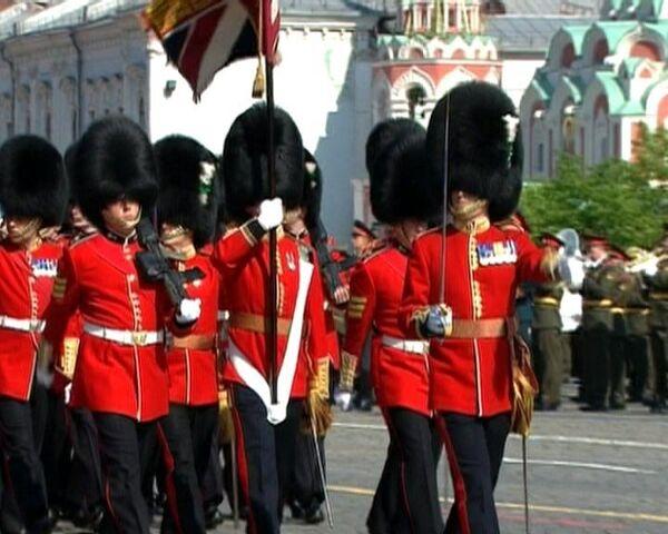 Иностранные парадные расчеты впервые прошли по Красной площади