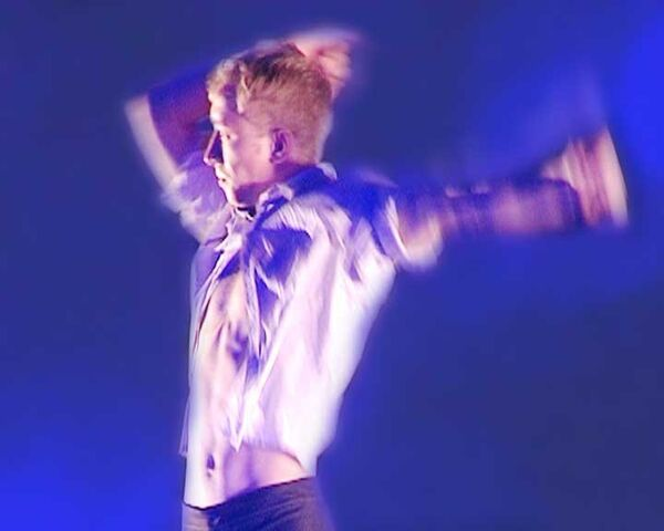 Датский хореограф показала сегодняшнюю Россию суперактивным танцем