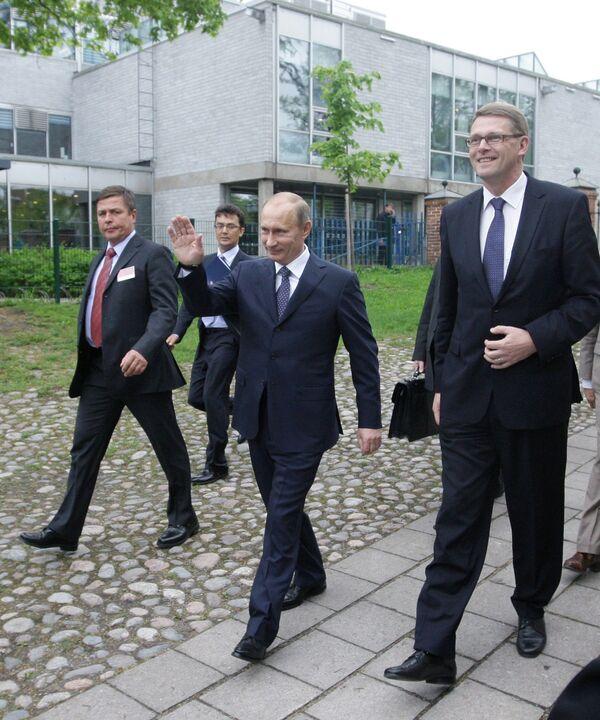 Премьер-министр РФ Владимир Путин и премьер-министр Финляндской Республики Матти Ванханен